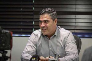 Presidente do Atlético não descarta negociar Guga