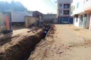 Manhuaçu: Rua Maria Alexandrina recebe nova rede de esgoto