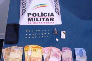 Plantão PM: Drogas e armas apreendidas; Autor de roubo é procurado