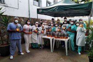 Equipe da Farmácia HCL homenageia colaboradores da Unidade Covid-19