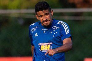 Cruzeiro relaciona 21 jogadores para duelo contra o Cuiabá