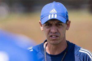 Sem técnico, Célio Lúcio comandará treinos no Cruzeiro