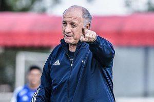 Felipão pede reforços mais experientes para o Cruzeiro