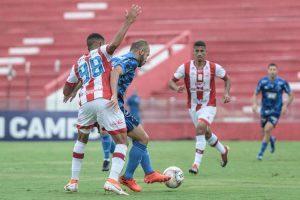 Cruzeiro empata com o Náutico e continua no Z4