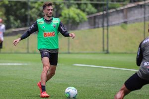 Atlético: Hyoran não pode jogar contra o Palmeiras