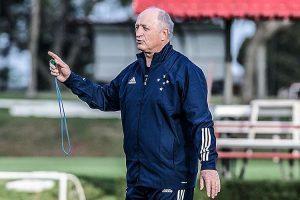 Presidente diz que Cruzeiro já trabalha na contratação de reforços