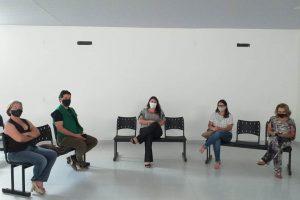 Volta das aulas presenciais é discutida em Manhuaçu