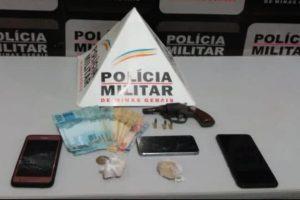 REGIÃO: Drogas e quase 2 mil reais apreendidos; Arma apreendida com motorista alcoolizado