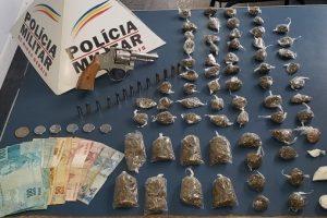 Plantão PM: Drogas, arma e prisões em Manhuaçu