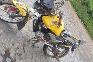 Jovem fica ferido em colisão de moto e carro na BR 116