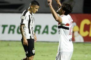 América vence de virada o Figueirense; Domingo tem a Chape
