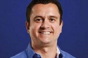 Presidente do Cruzeiro garante permanência de Felipão e Deivid
