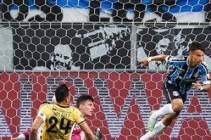 Vasco fora da Sulamericana; Grêmio pega o Santos na Libertadores