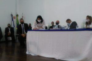 Prefeita Imaculada, vice Nailton e vereadores são empossados em Manhuaçu