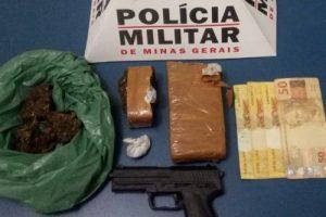 PM na região: Policiais apreendem arma, simulacro e drogas