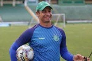 Felipe Conceição assume o comando do Cruzeiro