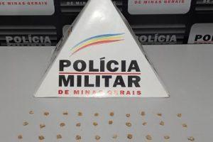 40 pedras de crack são apreendidas em Ipanema
