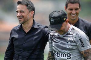 Atlético: Caetano não acredita na saída de Sampaoli