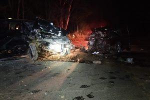 Colisão mata duas pessoas e fere outras 4 na BR 116. em Dom Corrêa