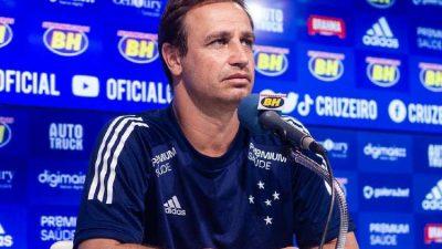 Cruzeiro com elenco definido; América apresenta novo diretor