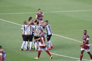 Atlético vence o Patrocinense e segue 100% líder