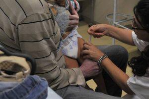 Pesquisa alerta que pais adiaram vacina contra meningite na pandemia