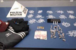 Assaltantes roubam estudantes no Alfa Sul e são presos em seguida