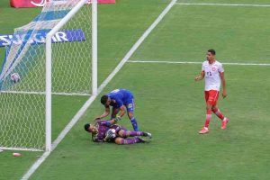 Cruzeiro empata com Tombense; Fábio defende pênalti