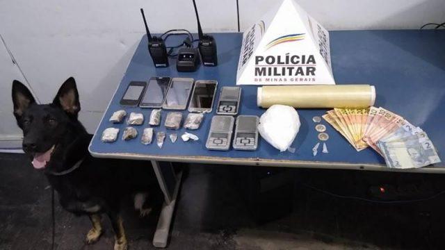 PM prende autor, apreende drogas, dinheiro no bairro Santa Terezinha
