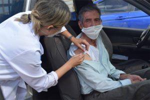 Covid-19: Aplicado 91% das doses recebidas; Sábado tem drive thru em Manhuaçu