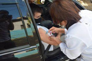 Manhuaçu promove vacinação contra Covid-19 para idosos