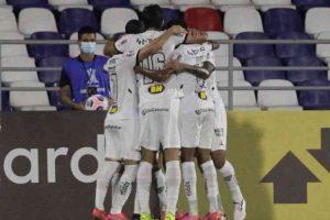 Em meio a protestos na Colômbia, Atlético vence e avança na Libertadores