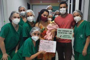 Bebê de 36 dias vence a Covid-19 e recebe alta no HCL