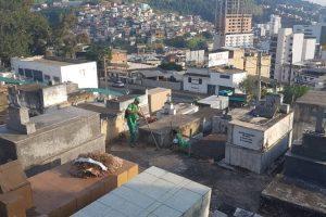 Cemitério Municipal recebe limpeza em Manhuaçu