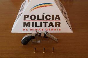 PM apreende arma e munições em Lajinha