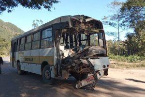 Acidente deixa pelo menos 20 feridos entre Caratinga e Ipanema