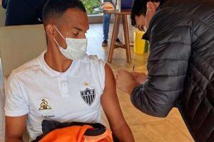 Atlético recebe segunda dose da vacina contra COVID-19, no Paraguai