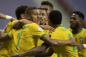 Copa América começa com vitória do Brasil