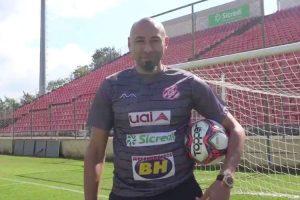 Goleiro Gomes, ex- Cruzeiro está volta ao futebol