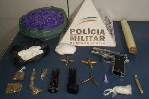 PM prende autor de tráfico e apreende arma de fogo, drogas e munições no bairro Petrina