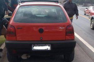 PMs recuperam carro furtado; Foragidos presos em Manhuaçu; Autor de roubo procurado
