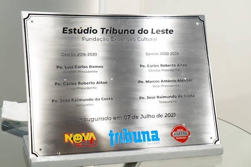 tribuna1