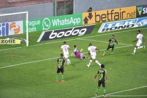 América vence o Fluminense e mira saída do Z-4