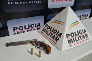 Plantão PM: Arma de fogo apreendida; Recuperados produtos furtados em CAPS