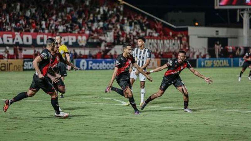 Atlético perde e Goiânia de virada: 2 a 1